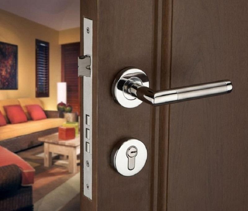 باز کردن قفل درب